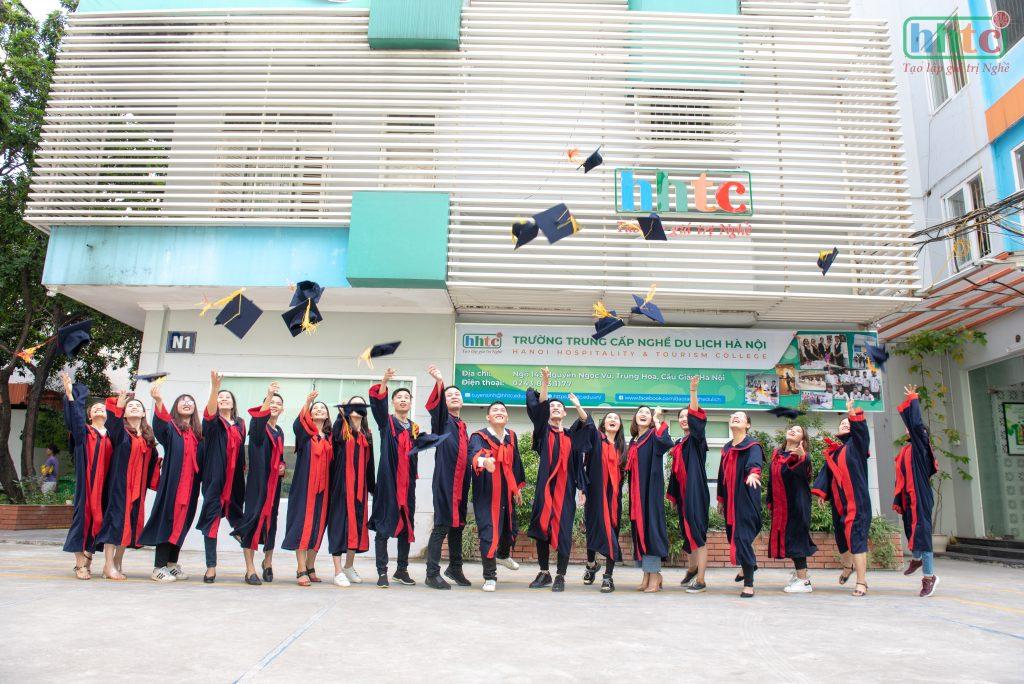 Thông báo tuyển sinh hệ sơ cấp và trung cấp năm học 2021 DSC 0416