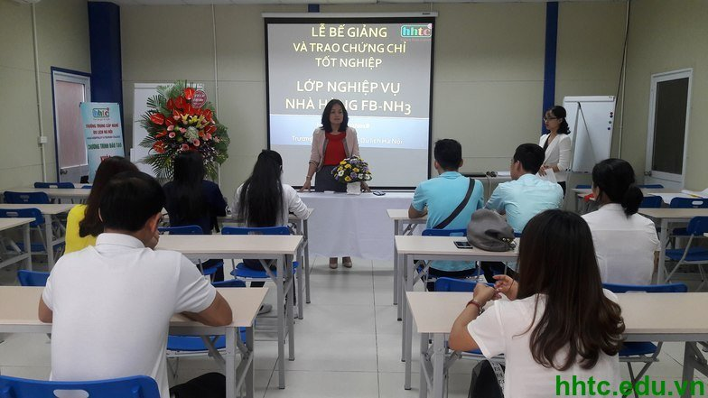 Lễ bế giảng lớp Nghiệp vụ nhà hàng khóa 3 oie I7hoYhySF6q1 1