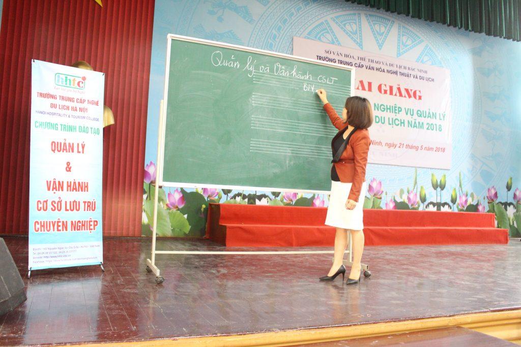 Ninh Bình: Khai giảng Lớp bồi dưỡng Nghiệp vụ quản lý Cơ sở lưu trú du lịch