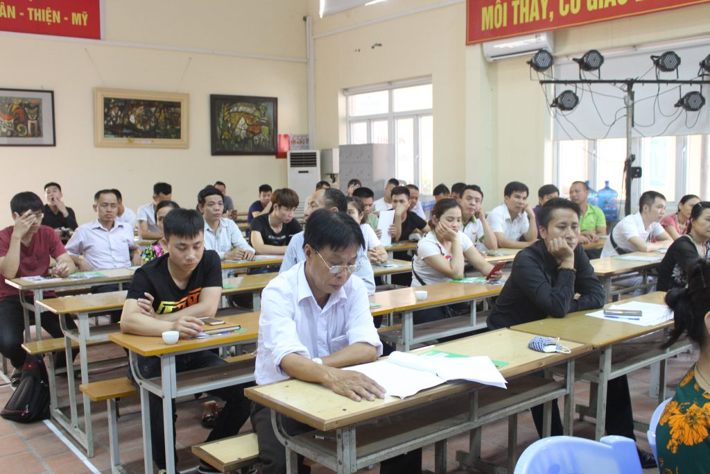 Khai giảng Lớp bồi dưỡng Nghiệp vụ quản lý Cơ sở lưu trú du lịch năm 2018 tại Bắc Ninh IMG 2991