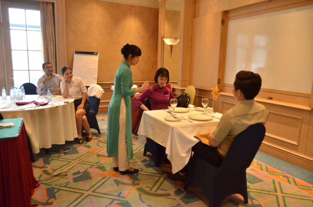 Đào tạo theo yêu cầu doanh nghiệp: Đào tạo nghiệp vụ cho nhân viên Khách sạn Daewoo Hà Nội DSC1152