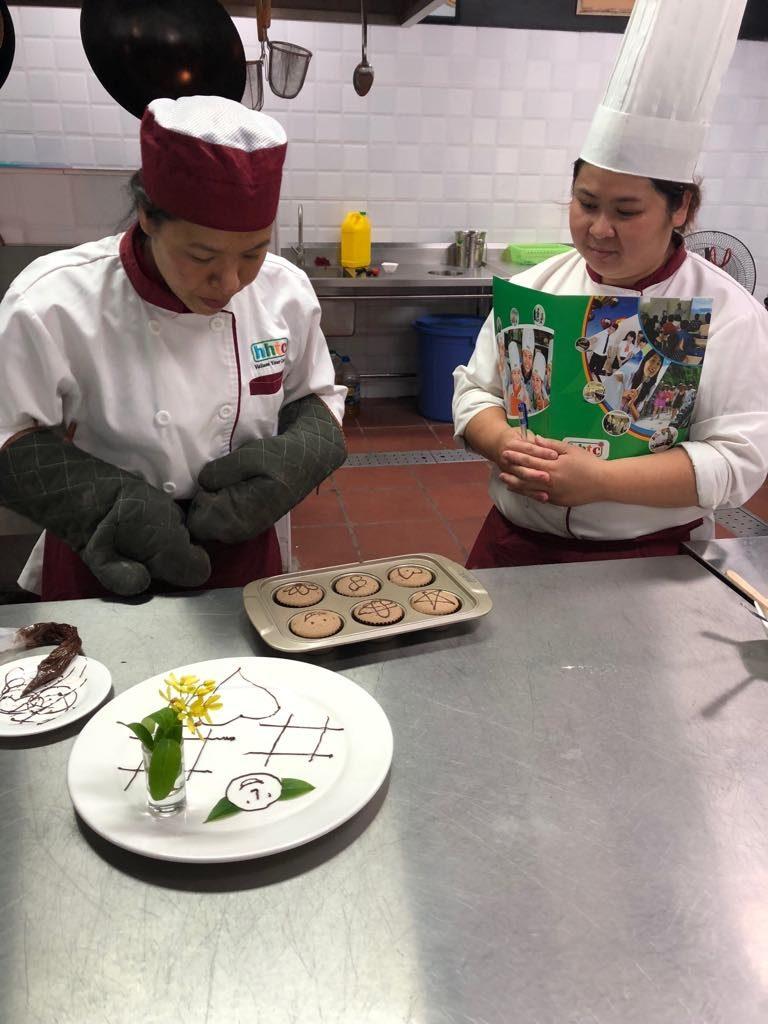 Những bài thi hết môn đầy thú vị của các học viên Kỹ thuật chế biến món ăn 41452136 1133092770173426 8193302398098210816 n