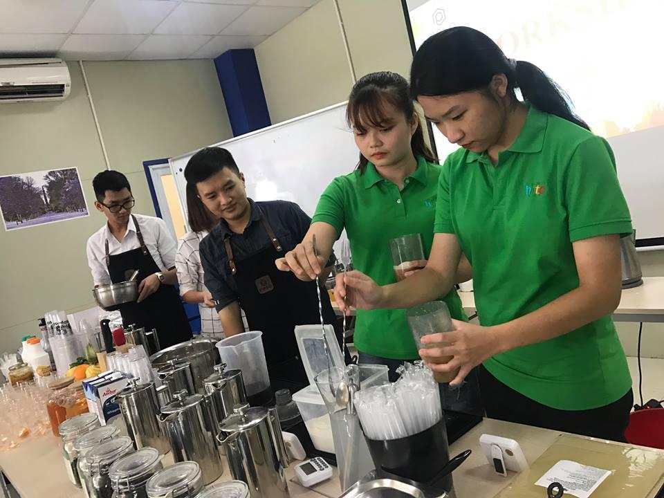 Thưởng thức vị trà sữa chuẩn vị Đài Loan cùng học viên HHTC 43745644 192414231656434 8880134296556273664 n