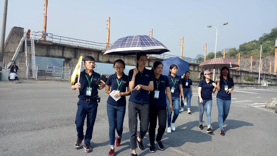 Học Hướng dẫn viên Du lịch cần nhất những chuyến đi trải nghiệm thực tế HB 3