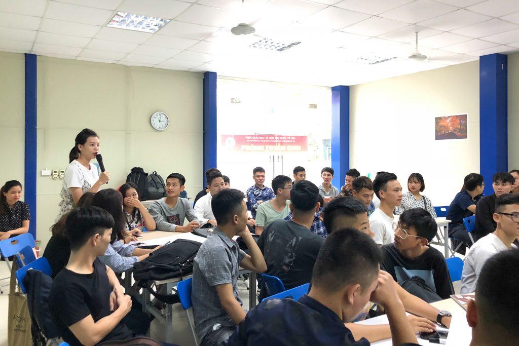 """""""Định hướng và tạo động lực nghề nghiệp"""" cho học viên Trường HHTC IMG 3503"""