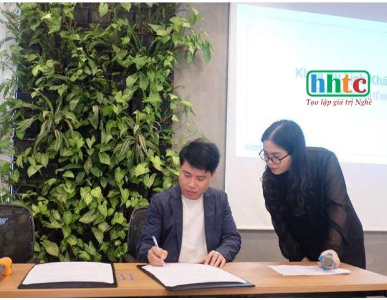 Trường Du lịch HHTC tham gia Hệ sinh thái số Hotelismo Thiết kế không tên