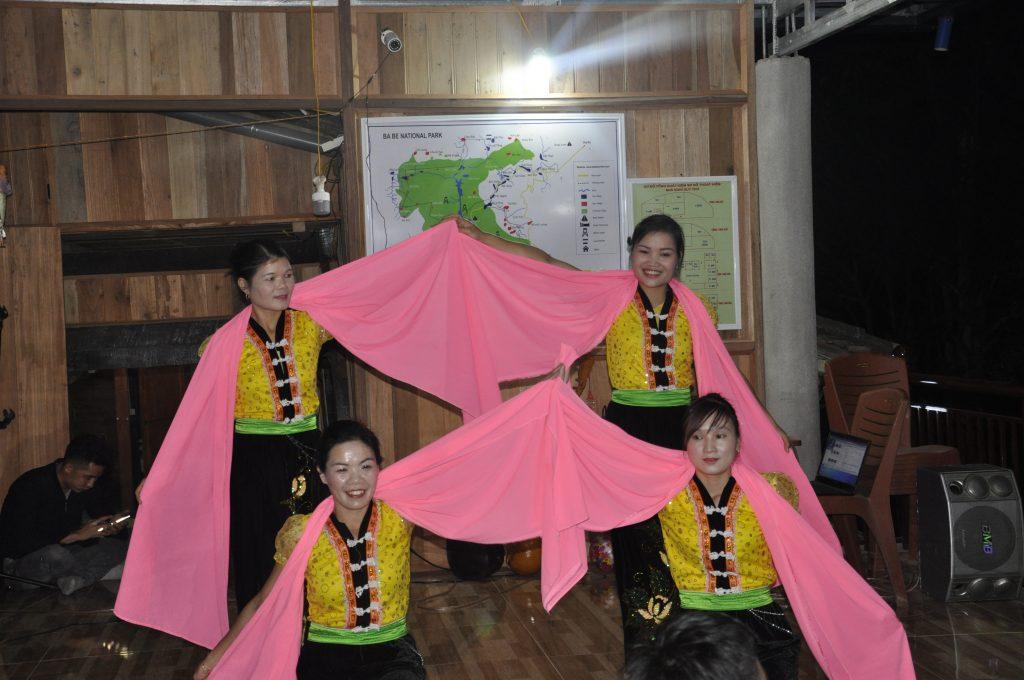 Học viên HHTC: Tự hào hát Quốc ca nơi cực Bắc Việt Nam DSC0022