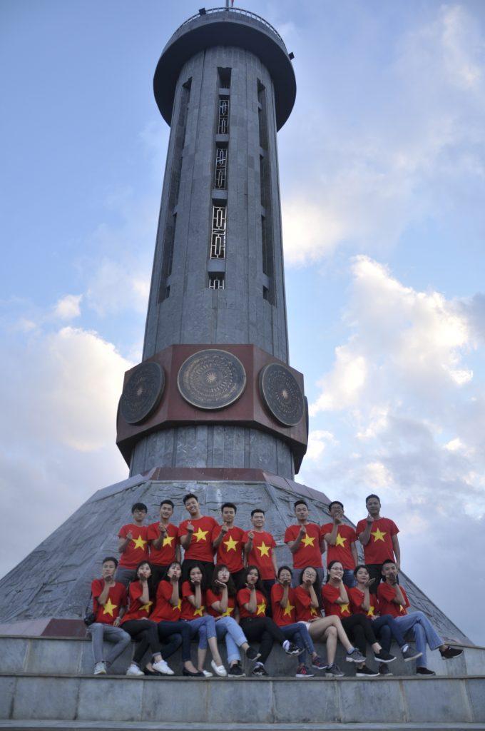 Học viên HHTC: Tự hào hát Quốc ca nơi cực Bắc Việt Nam DSC1106