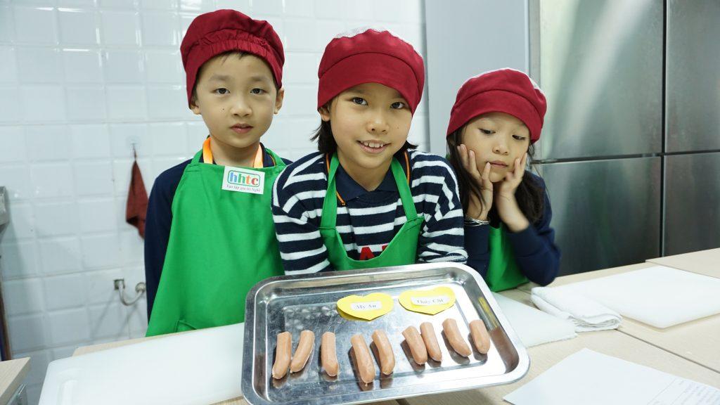 """Một ngày làm """"Đầu Bếp nhí"""" cùng các học sinh trường Tiểu học H.A.S DSC01578"""