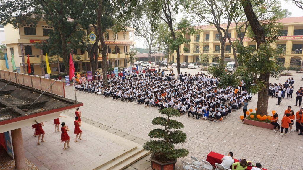 Học sinh trường THPT Hoài Đức B chọn nghề cùng HHTC DSC04734