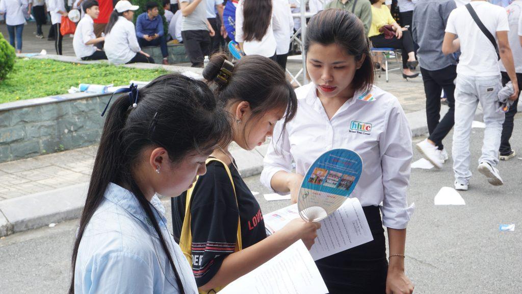 Trường Du lịch HHTC tham gia Hội nghị Gắn kết giáo dục nghề nghiệp DSC06806