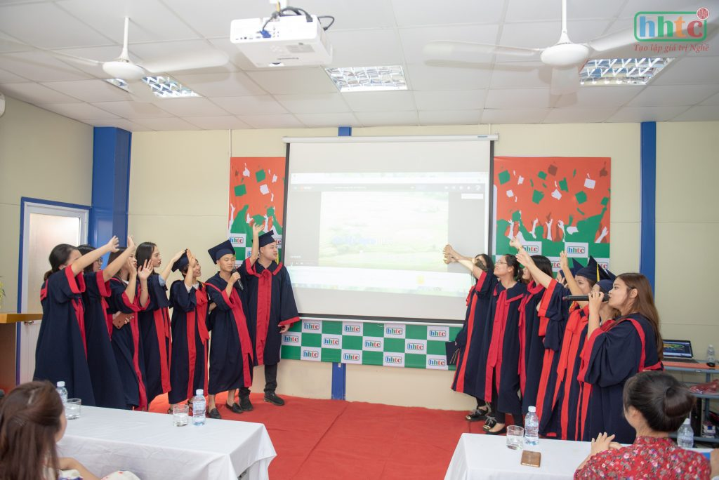 Lễ tốt nghiệp ấm cúng của học viên HHTC niên khóa 2018 - 2019 DSC 0165