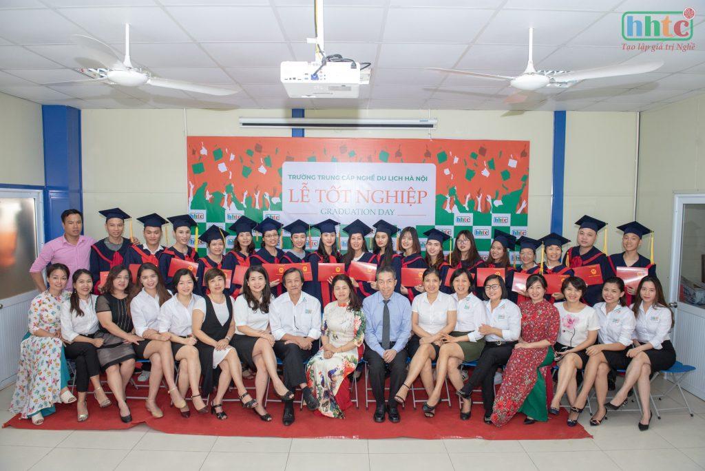 Lễ tốt nghiệp ấm cúng của học viên HHTC niên khóa 2018 - 2019 DSC 0377