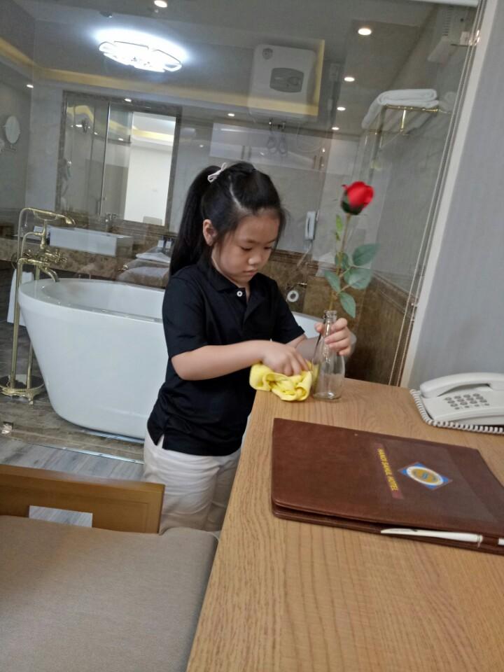 Khám phá khóa học kỹ năng hè đặc biệt cho trẻ 6-15 tuổi tại Hà Nội z1412756383777 cfe8937c6133f76ba964bb546c4a022e