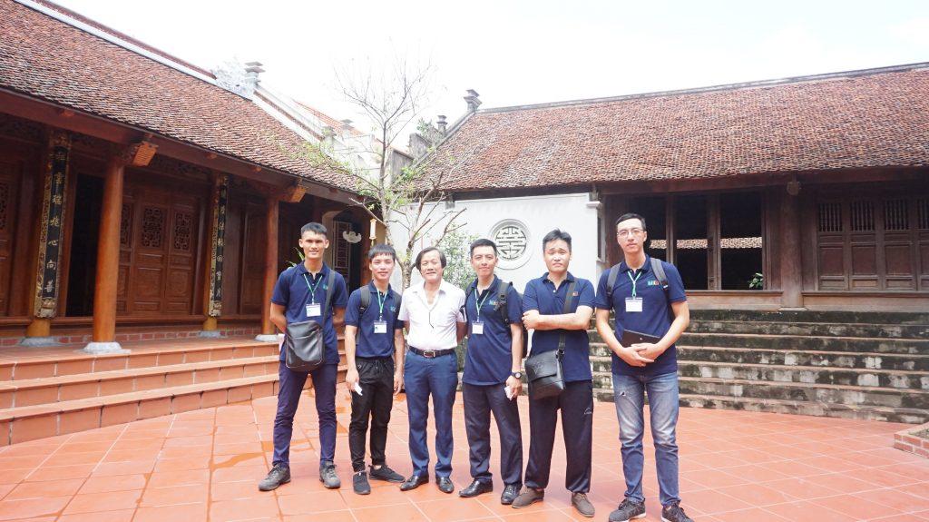 Khám phá Làng cổ Đường Lâm cùng học viên Trường Trung cấp Du lịch Hà Nôi DSC08035