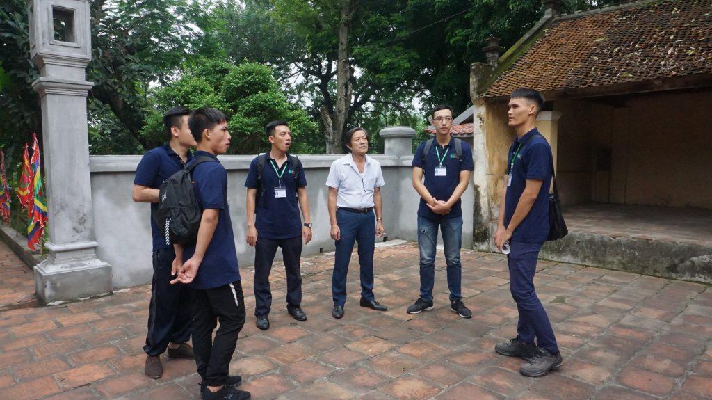 Khám phá Làng cổ Đường Lâm cùng học viên Trường Trung cấp Du lịch Hà Nôi DSC08063