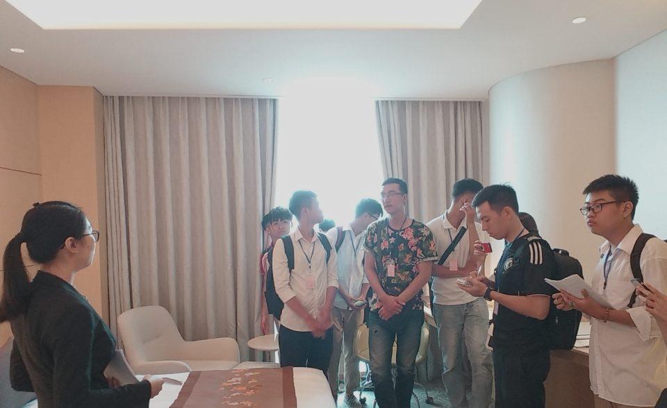 Chuyến tham quan thực tế tại Khách sạn Daewoo, Lotte Hà Nội z1535259726668 a6d946b6c269da86078133eb51510572 e1568436010453