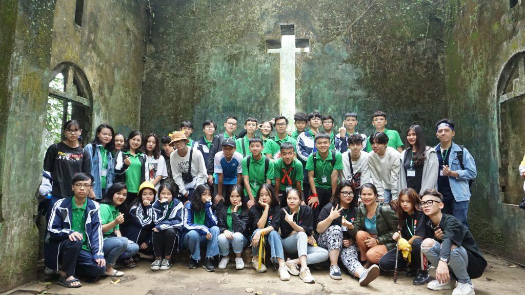 Ngắm hoa Dã Quỳ nở rộ cùng học sinh Trường Trung cấp Du lịch Hà Nội DSC09911