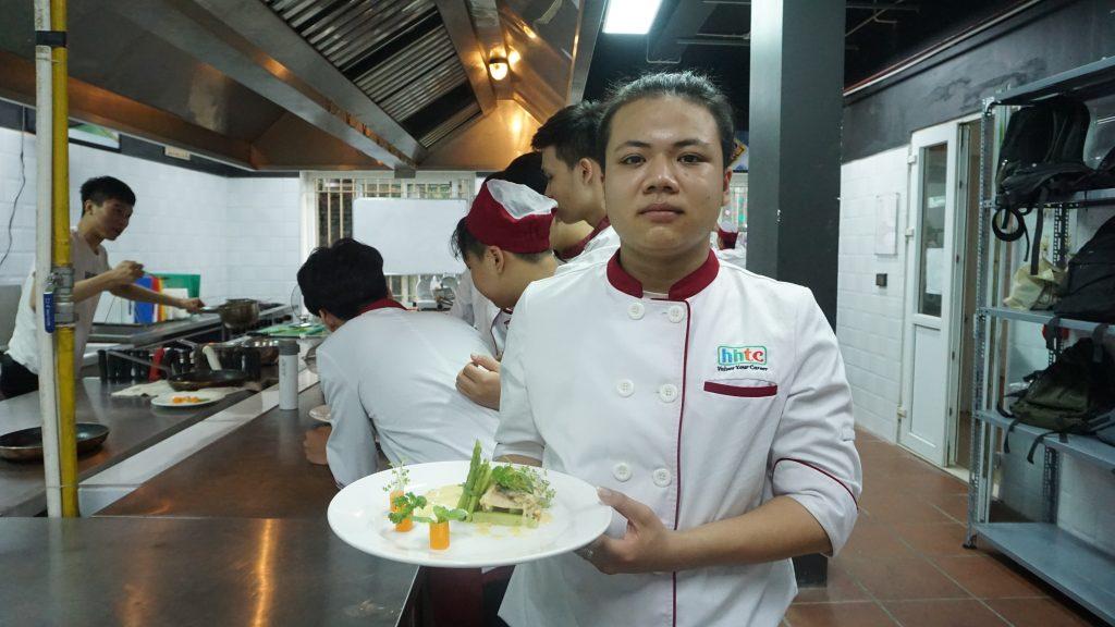 """""""Định hướng nghề Đầu bếp"""" cùng Chef Tổng Khách sạn 5* DSC00441"""