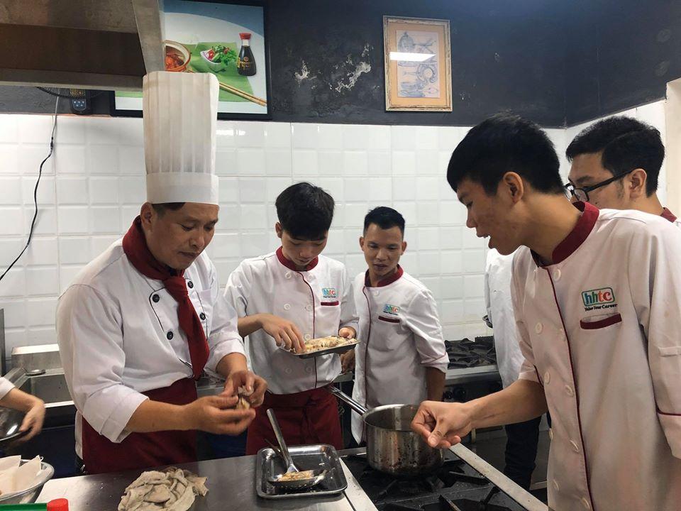 Các trường trung cấp, cao đẳng mở rộng tuyển sinh theo mô hình chương trình 9+ daotaonghenauan020620