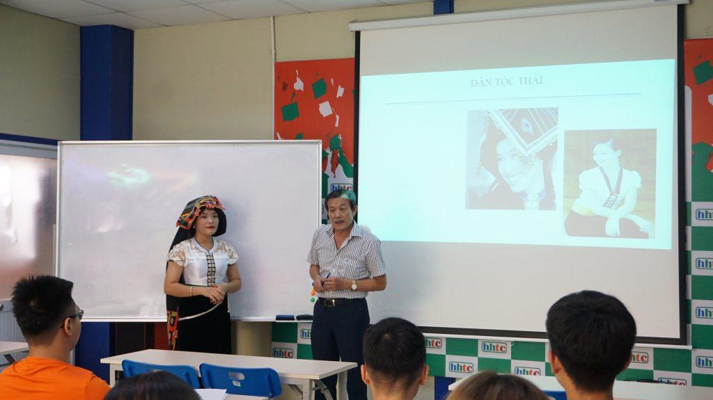 Tưởng tượng và thực tế về học nghề du lịch ở HHTC DSC01824