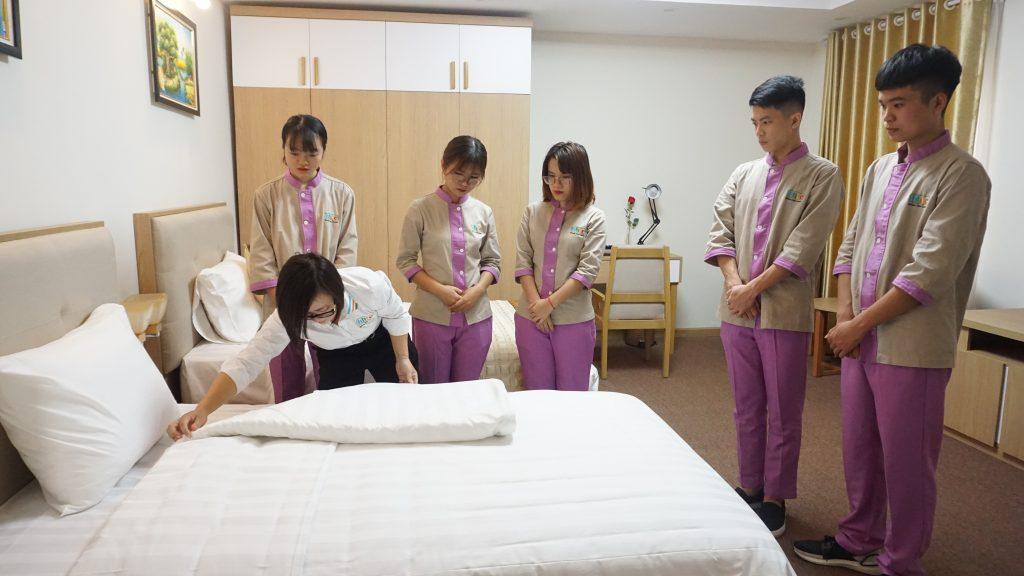 Quản trị Khách sạn: Nghề có nhu cầu nhân lực trẻ cao nhất ngành du lịch DSC09143