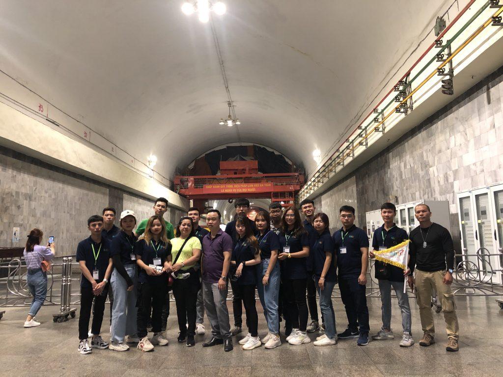 Học viên khoa Lữ hành tham gia chuyến thực tế tại Hòa Bình 20201013 030409000 iOS