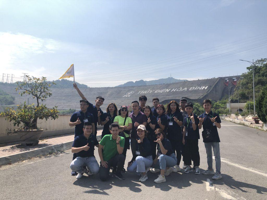 Học viên khoa Lữ hành tham gia chuyến thực tế tại Hòa Bình 20201013 031902682 iOS