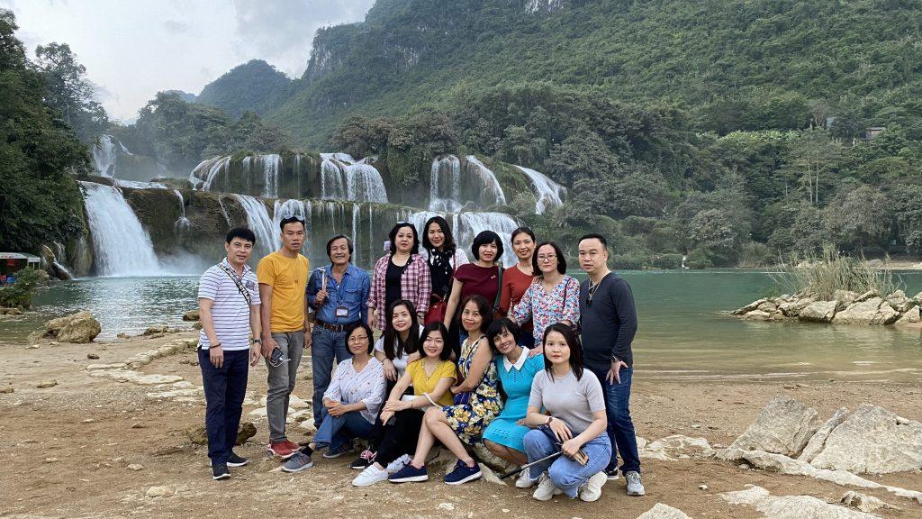 """Hành trình """"Du ngoạn miền non nước"""" tại Cao Bằng, Bắc Kạn của trường Trung cấp Du lịch Hà Nội z2187747466611 1130235f20d1cb3bd9bfb3bc6b88e00c"""