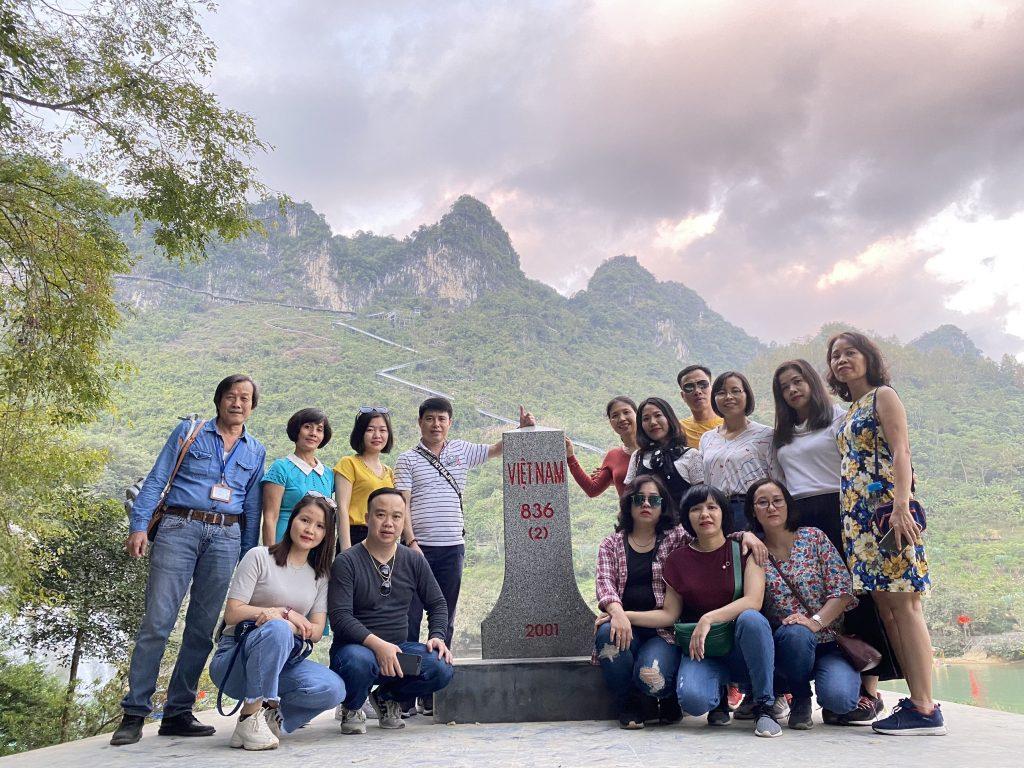 """Hành trình """"Du ngoạn miền non nước"""" tại Cao Bằng, Bắc Kạn của trường Trung cấp Du lịch Hà Nội z2187750273109 f128f3c1d688296f1e0a7f8fa9e6e927"""
