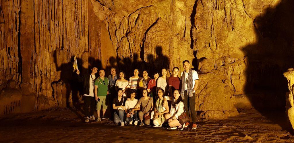 """Hành trình """"Du ngoạn miền non nước"""" tại Cao Bằng, Bắc Kạn của trường Trung cấp Du lịch Hà Nội z2188687227148 deee05a31e23945bfa86c541c52ffded"""