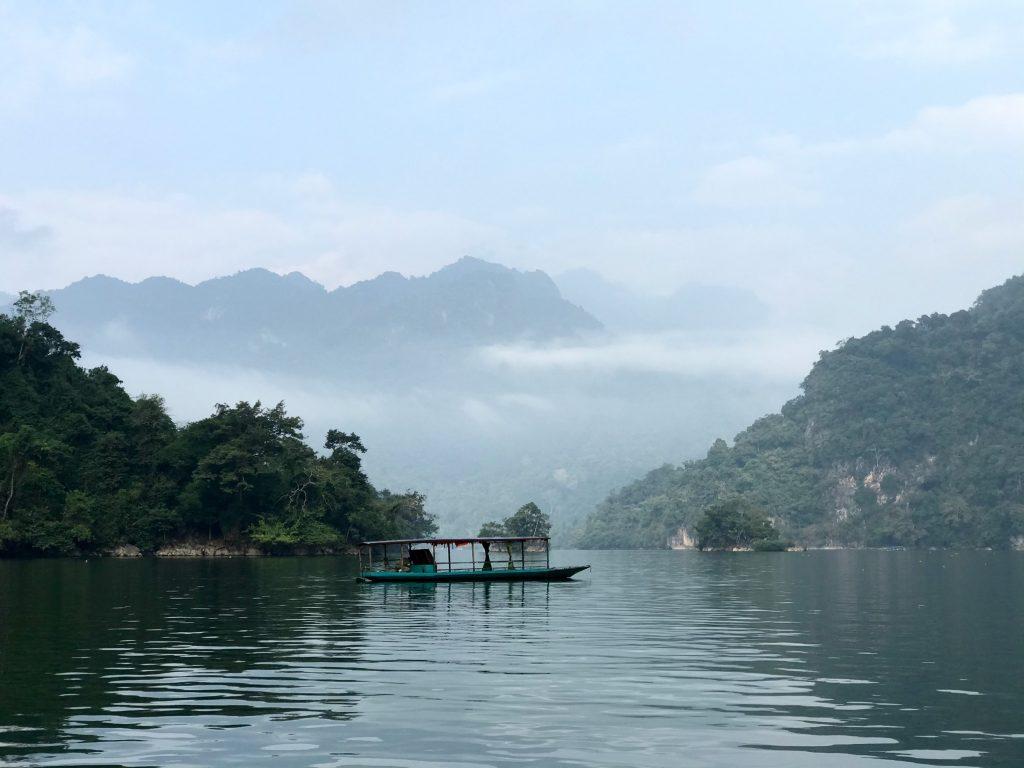 """Hành trình """"Du ngoạn miền non nước"""" tại Cao Bằng, Bắc Kạn của trường Trung cấp Du lịch Hà Nội z2192461273710 9540499af8b9ccfe126246dfade137f0"""