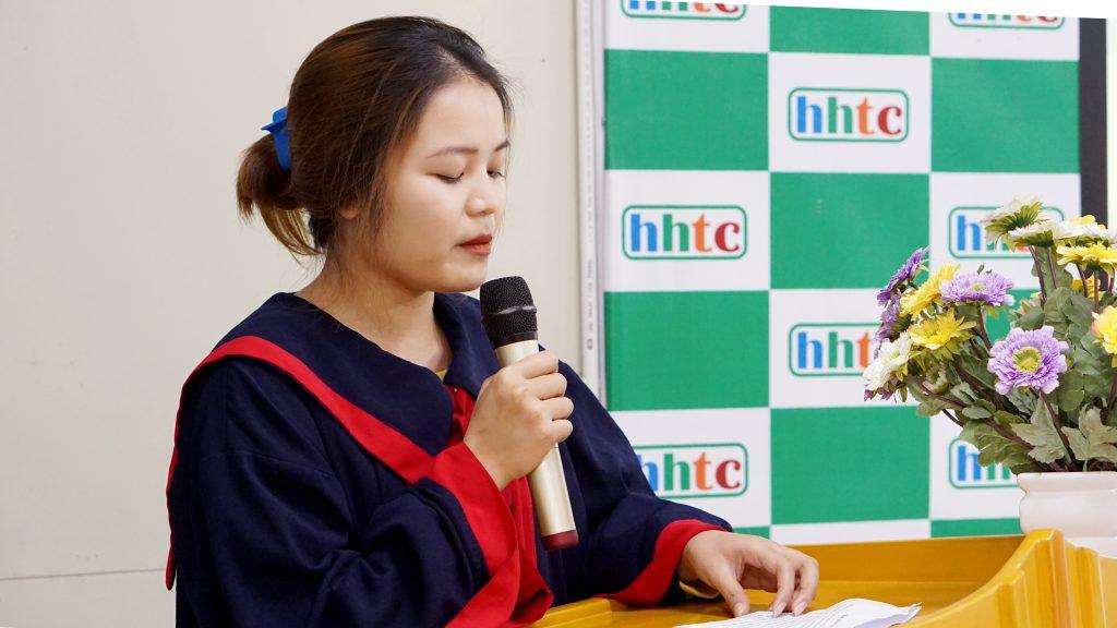Lễ tốt nghiệp tràn đầy cảm xúc của Trường Trung cấp Du lịch Hà Nội DSC04086