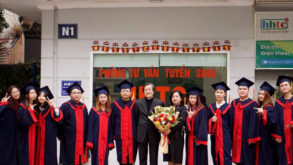 Lễ tốt nghiệp tràn đầy cảm xúc của Trường Trung cấp Du lịch Hà Nội DSC04134