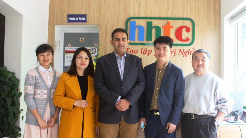 Tập đoàn Khách sạn lớn nhất Mỹ sẵn sàng nhận học viên của HHTC ảnh tap the