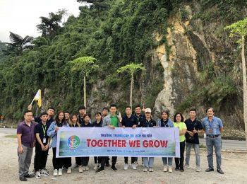 Học viên khoa Lữ hành tham gia chuyến thực tế tại Hòa Bình