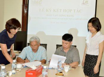 Lễ ký kết tác đào tạo song bằng giữa Trường Trung cấp Nghề Du lịch Hà Nội & THPT Hồ Tùng Mậu