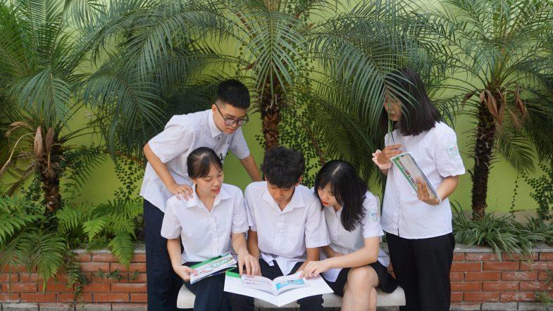 Học viên Trường trung cấp Du lịch Hà Nội có việc làm ngay sau khi tốt nghiệp DSC00752 scaled