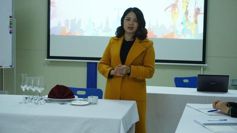 """Học """"Nghi thức giao tiếp quốc tế"""" để trở thành công dân toàn cầu DSC02255 orgru6un7ki7jdbsk5tm95da74aflbzvhw5190mo3o"""