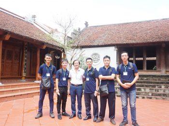 Khám phá Làng cổ Đường Lâm cùng học viên Trường Trung cấp Du lịch Hà Nôi