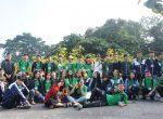 Ngắm hoa Dã Quỳ nở rộ cùng học sinh Trường Trung cấp Du lịch Hà Nội