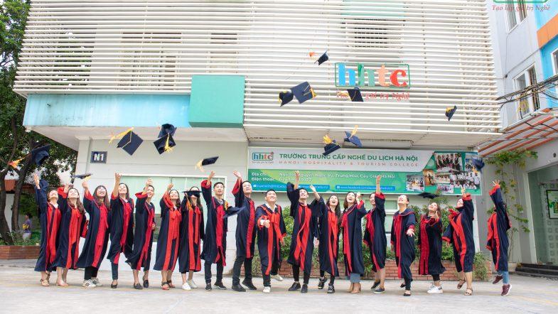 Lễ tốt nghiệp ấm cúng của học viên HHTC niên khóa 2018 - 2019 DSC 0416