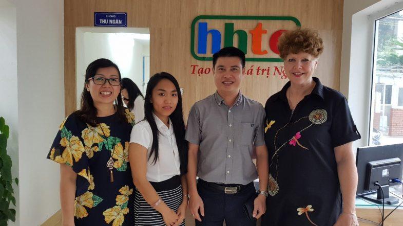 Trường Du lịch HHTC đẩy mạnh hợp tác du học quốc tế IMG 20171005 091259