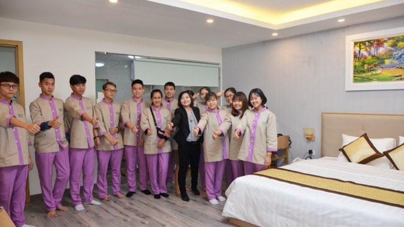 Khóa học định hướng nghề du lịch khách sạn Thuc hanh buong phong 5 HHTC
