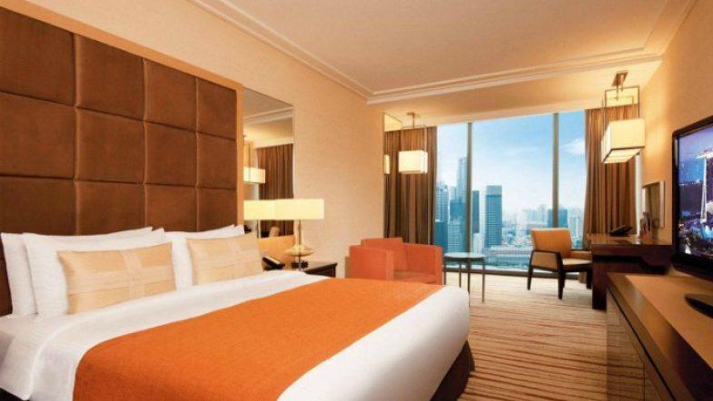 Công dụng không nhiều người biết của tấm trải ngang giường ở khách sạn bed3 3247 1536656974